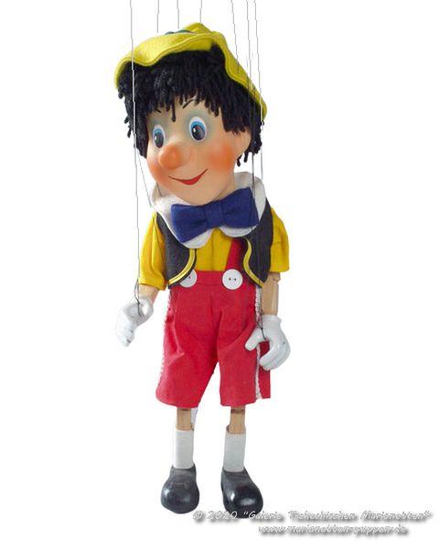 Pinocchio , marionnette poupée