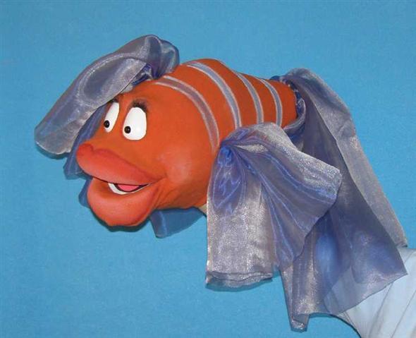 Poisson ,  marionnette poupée
