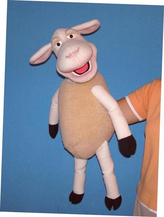 Agneau ,  marionnette poupée