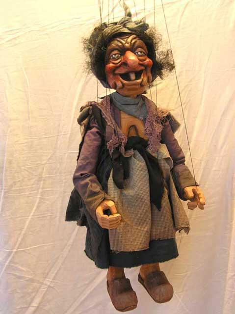 Sorcière , marionnette poupée