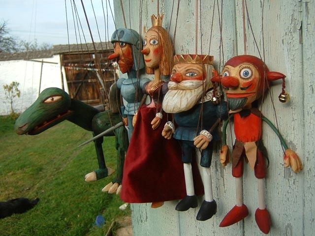 Collection 5 marionnettes poupées
