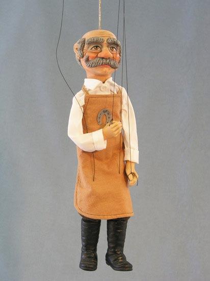 Maréchal-ferrant marionnette poupée