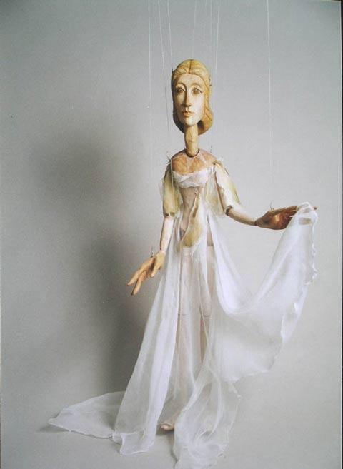 Muze, marionnette poupée
