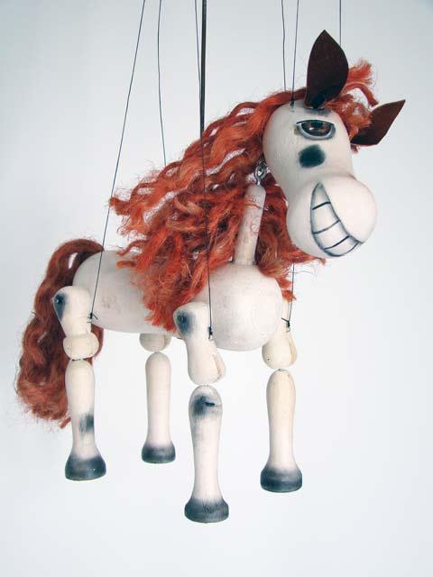 Cheval marionnette en bois