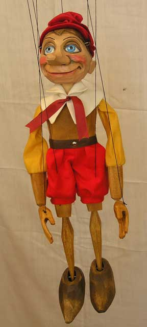 Pinocchio marionnette poupée