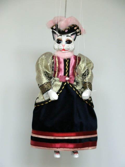 Chatte marionnette poupée