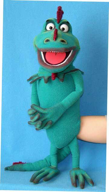 Iguana marionnette poupée