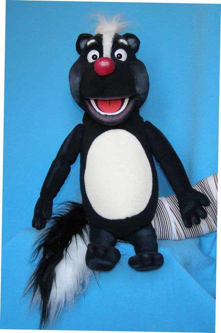 Skunks marionnette poupée