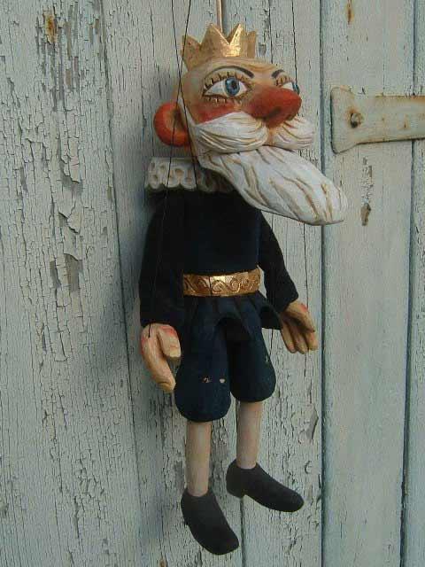 Vieux roi marionnette poupée