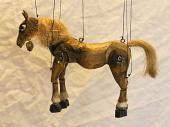 Cheval marionnette poupée