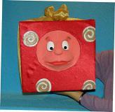 Present marionnette poupée